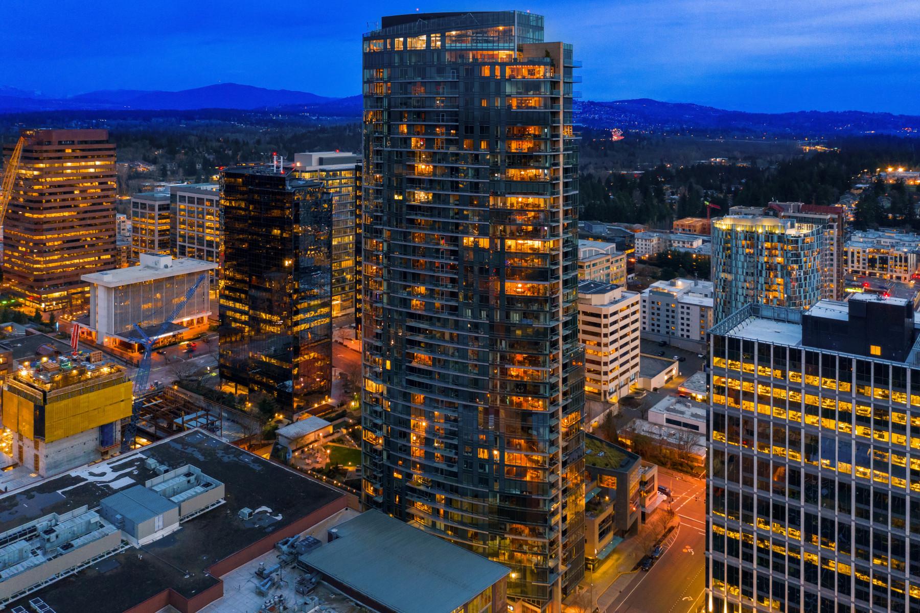 500 106th Ave NE #2801, Bellevue | Represented by Michele Schuler