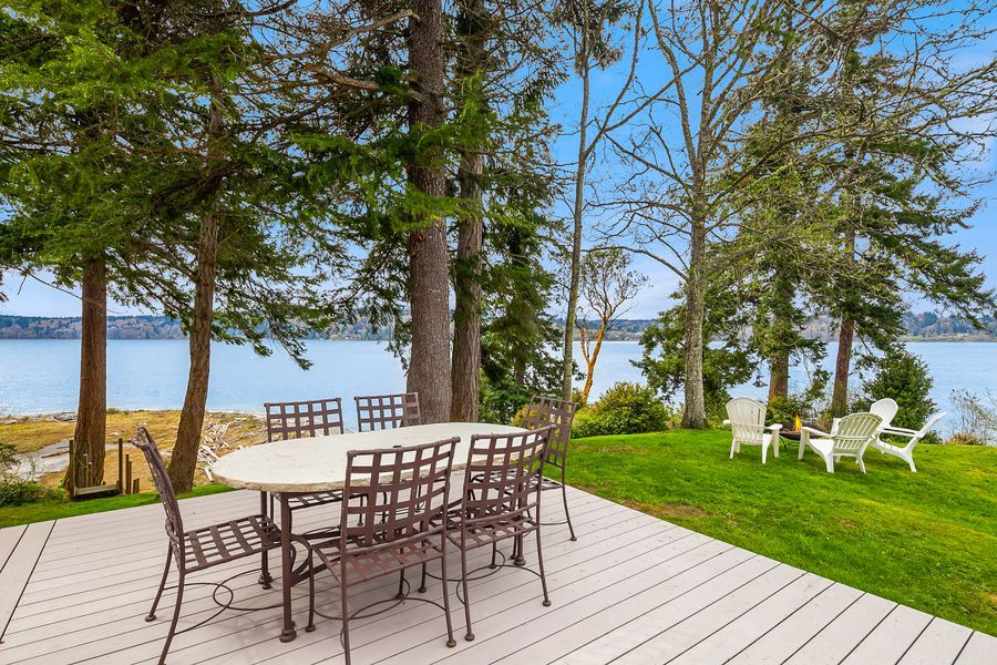Rare-Opportunity-to-Own-an-Entire-Point-on-Vashon-Island-1