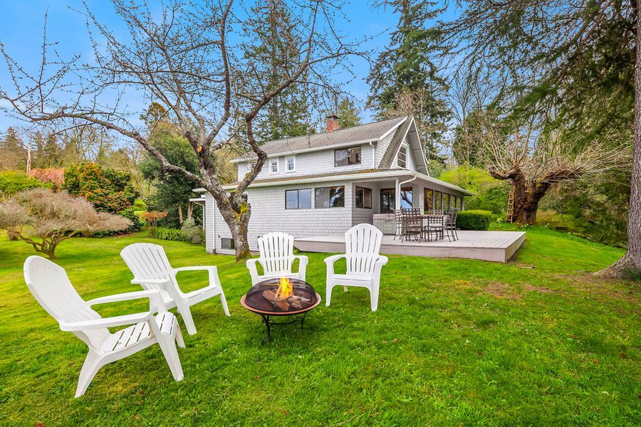 Rare-Opportunity-to-Own-an-Entire-Point-on-Vashon-Island-3