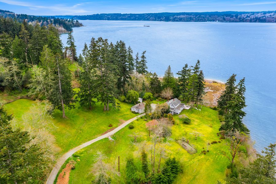 Rare-Opportunity-to-Own-an-Entire-Point-on-Vashon-Island-5