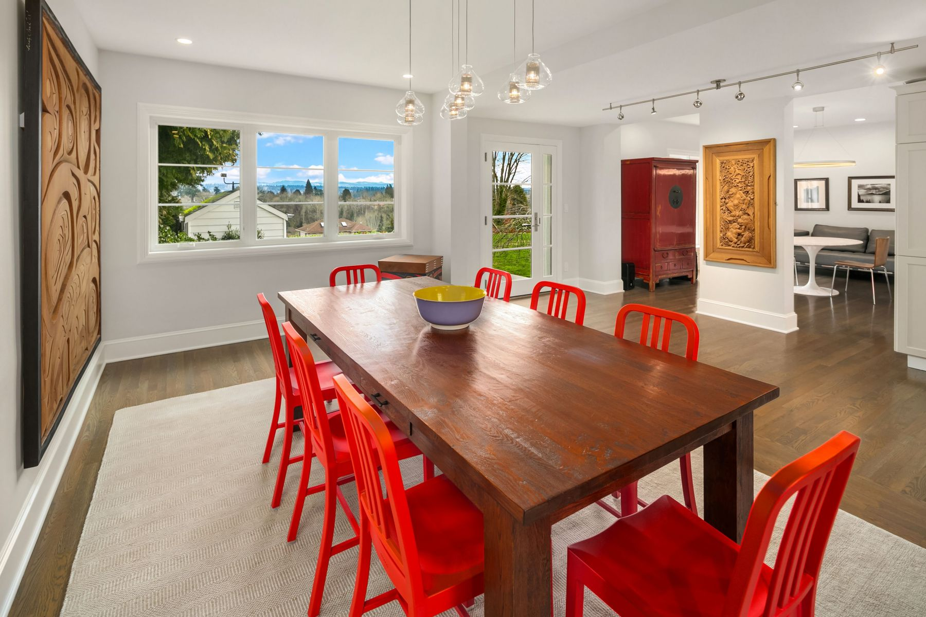 3846 Cascadia Avenue S, Seattle | Represented by Becky Gray and Alex Gray