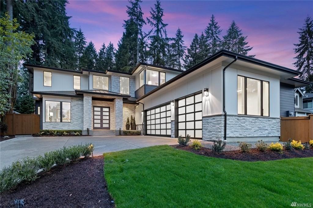 <h5><b>Enatai, Bellevue | $4,594,000</b></h5>