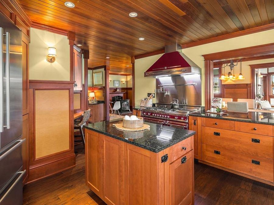 Aurora-Houseboat-5