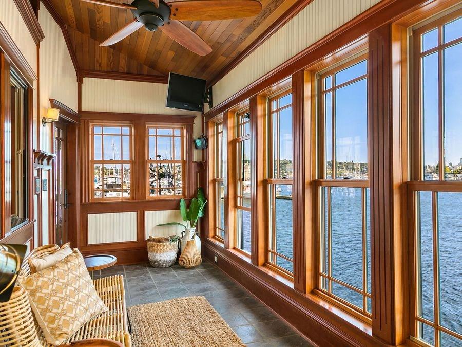 Aurora-Houseboat-6