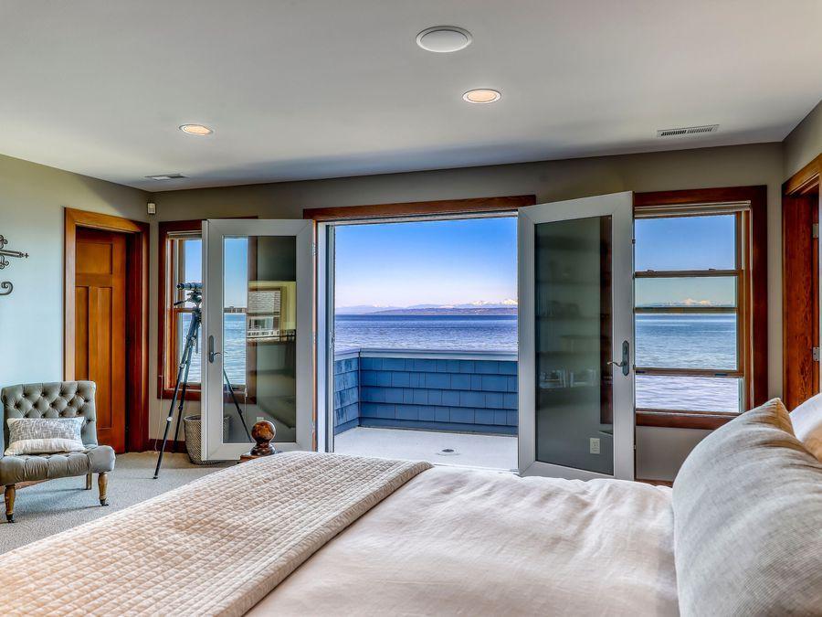 Kingston-Beachfront-Estate-7
