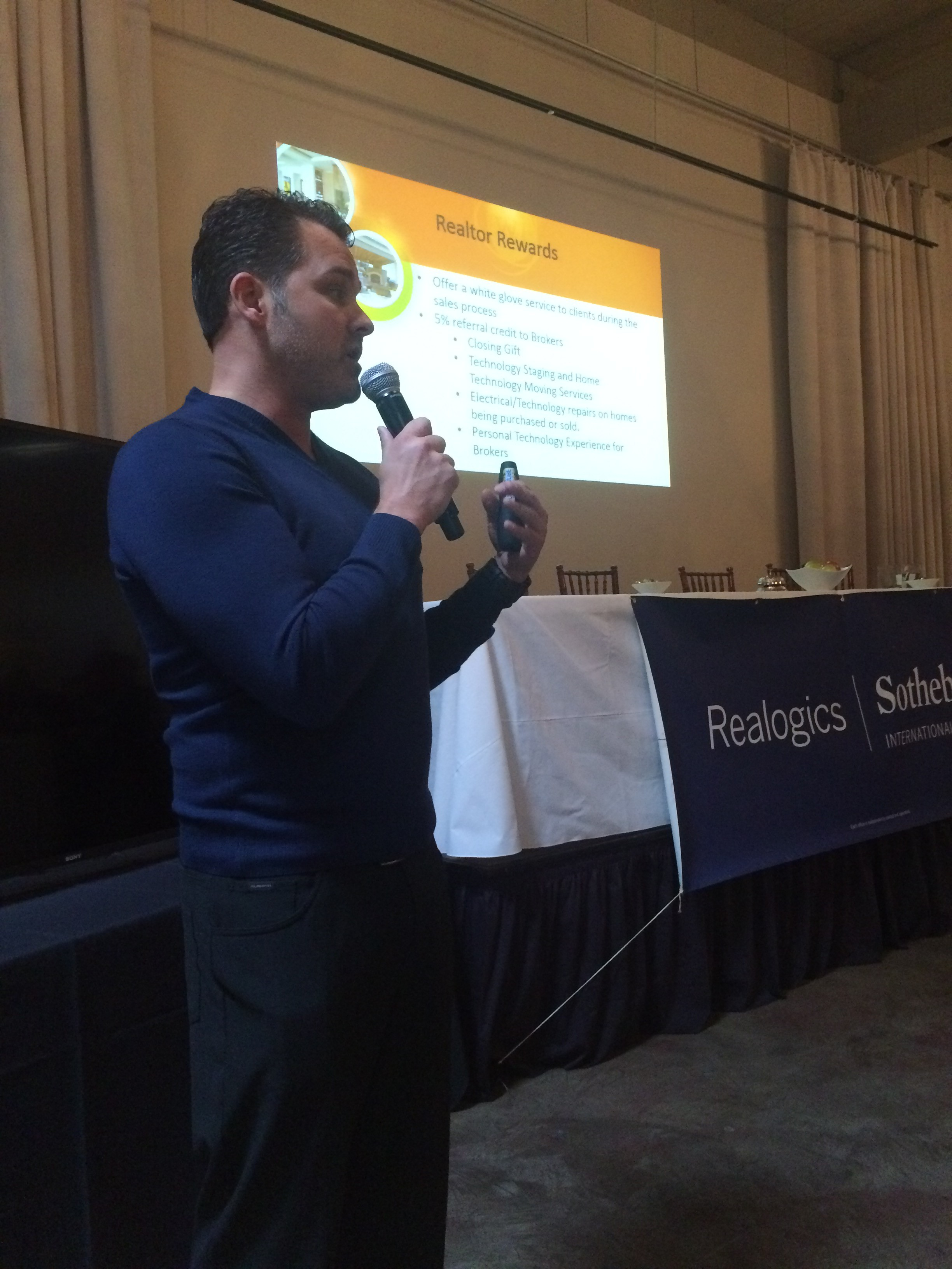 Above: Lee Travis of Wipliance Introduces the Broker Rewards Program